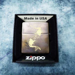 Triarii Metalworks Zippo, KOI